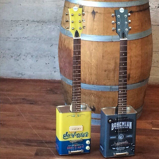Bohemian guitars - Surf wax et Moonshine